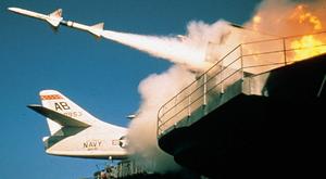 Siemoniak odpala rakiety