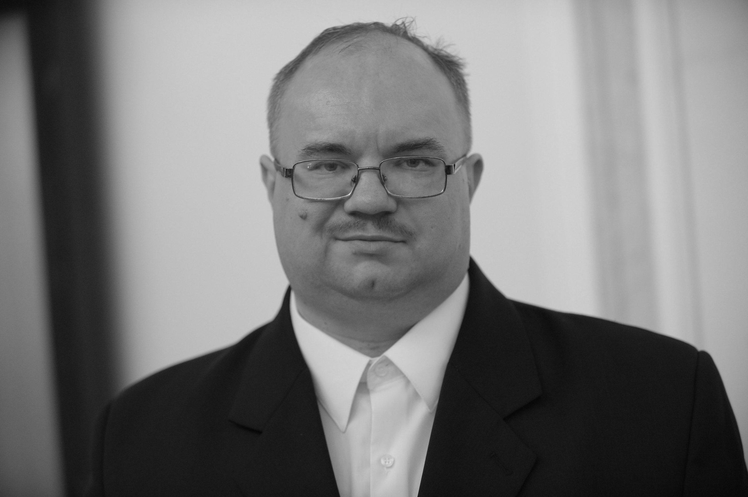 Rafał Wójcikowski – doktor nauk ekonomicznych i poseł klubu Kukiz 15'. Zginął w wypadku samochodowym 19 stycznia 2017 r.